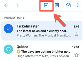 Pressione o botão Arquivar em qualquer e-mail selecionado para arquivar e-mails no aplicativo Gmail