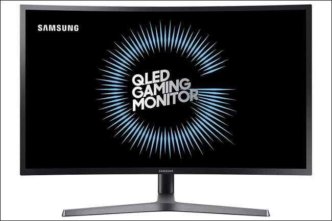 Um monitor Samsung C32HG70 com um painel VA.