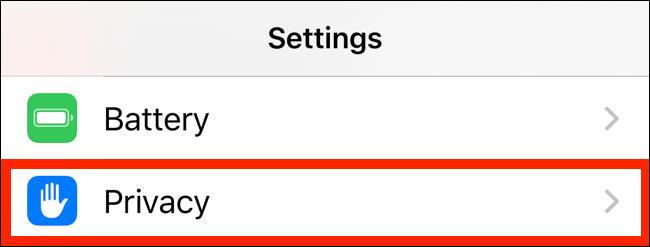 Toque em Privacidade no aplicativo Configurações