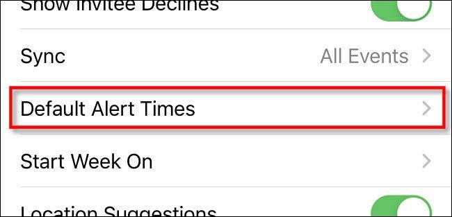 """Nas configurações do iPhone, toque em """"Tempos de alerta padrão""""."""