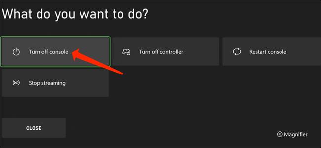 Com o modo de economia de energia habilitado, mantenha pressionado o botão Xbox em seu controle para abrir o