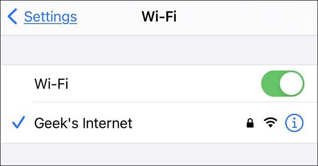 Conectando-se ao hotspot móvel através do iPhone, por exemplo.